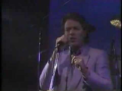 Robert Palmer - Discipline Of Love (Live)