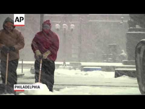 Winter Storm Snarls Travel in Northeast