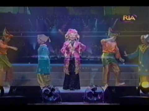 Anita Sarawak  - Ayam Den Lapeh (live In Concert 2002) video