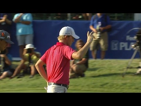 Russell Henley holes lengthy birdie putt on the 72nd hole at Deutsche Bank