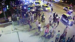 TaXi chém nhau với GrabBike như phim hành động trên phố Hà Nội