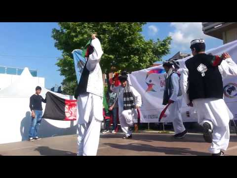 Daud Hanif - Pashto Very Nice Mast Attan Song Afghan Students Dancing Attan In Turkey. video