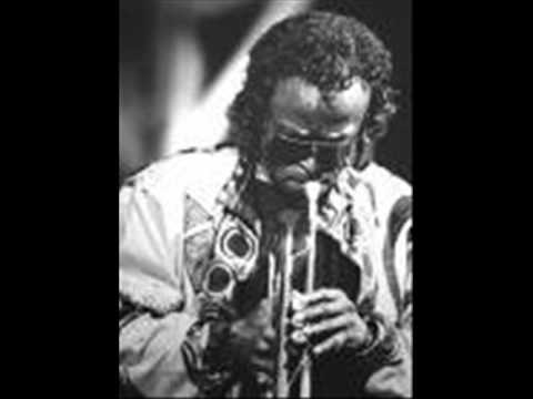 Miles Davis - Smoke gets in your eyes Music Videos