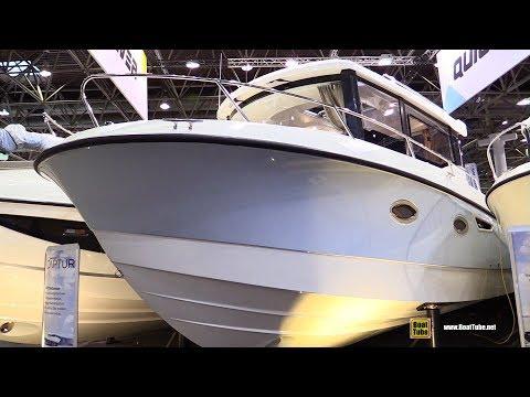 2018 Quicksilver Captur 905 Pilothouse Motor Boat - Walkaround - 2018 Boot Dusseldorf Boat Show