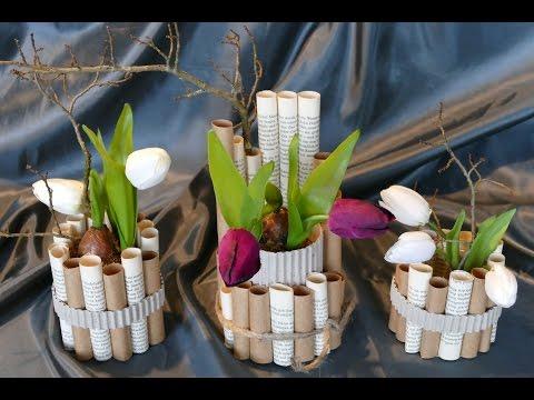Frühlingsdeko basteln aus verschiedenen Papieren / Vase / –einfach