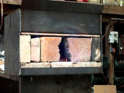 Atelier ferronnerie d 39 argoat construction d 39 une forge - Forge a gaz ...