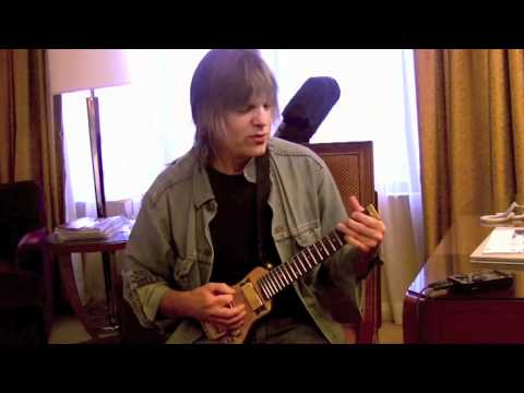 Mike Stern Lap axe travel guitar review