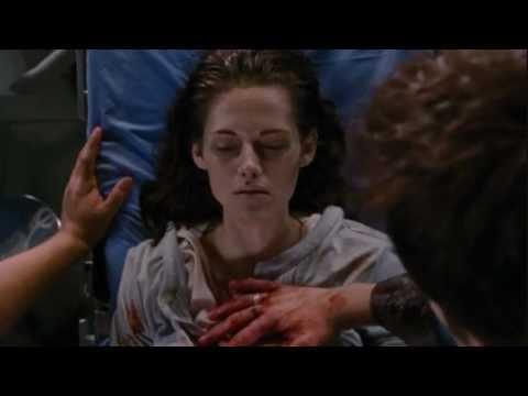 Breaking Dawn Part 1 - Born Renesmee