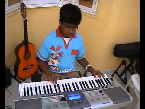 Rakesh Murali Playing Malaiyoram Veesum Kaatru- Amma Institute video