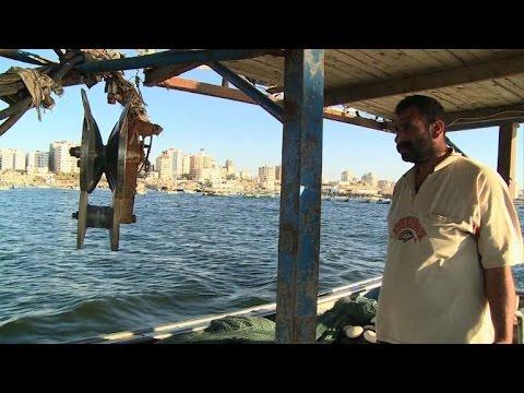 Despite truce, Gaza fishermen under fire at sea