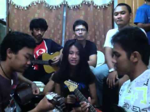 FAMILY BAND - Batu Karang