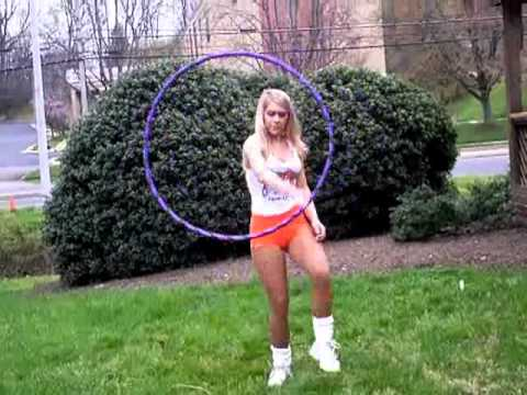 Hooters Girl Hula Hooper - Unbelievable