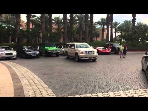Dubai's Supercars (Lamborghini's/Ferrari's/Porsche's/etc...)