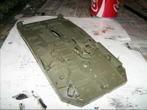 Building the STRV 103B model tank