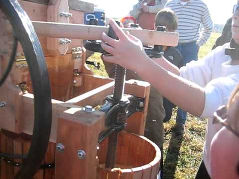 Homemade Apple Cider Press
