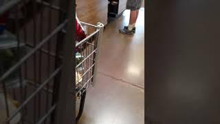 Fake service dog at FredMyers !KEEP YOUR PETS AT HOME!