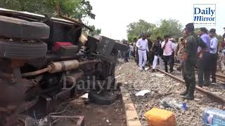 Five soldiers killed in train bowser truck accident