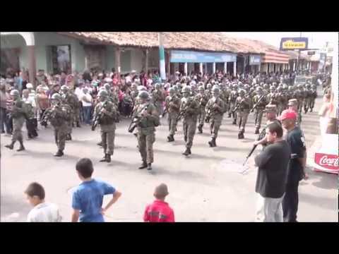 El Salvador - Chalate - 15 de Septiembre 2011 parte  01
