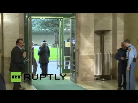 LIVE: Syrian delegation arrive at UN offices for peace talks