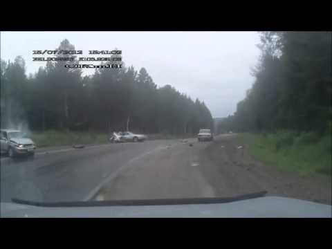 Обгон в поворот на скользкой дороге