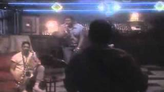 Watch Aaron Neville When Something Is Wrong With My Baby video