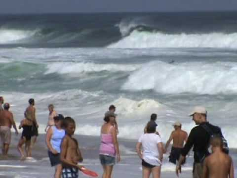 Cape Cod beaches - Hurricane Bill's Waves Video