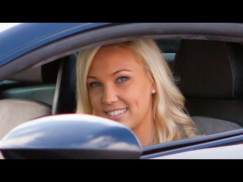 22 Year Old Girl Buys A Lamborghini Gallardo video