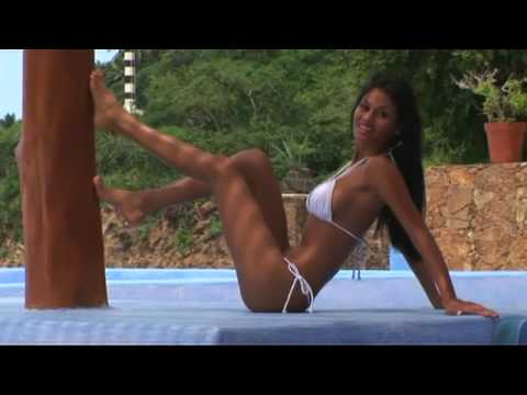 G-String Bikini Models! Video
