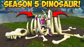 NEW DINOSAUR SKELETON FOUND! - Fortnite Funny Fails and WTF Moments! #253 (Daily Moments)