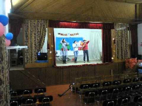 CENTRO SOCIAL ALDEIA DAS DEZ-ENSAIO PARA  FESTA DE NATAL 2013
