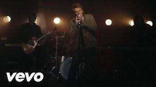 Watch Bon Jovi Because We Can video
