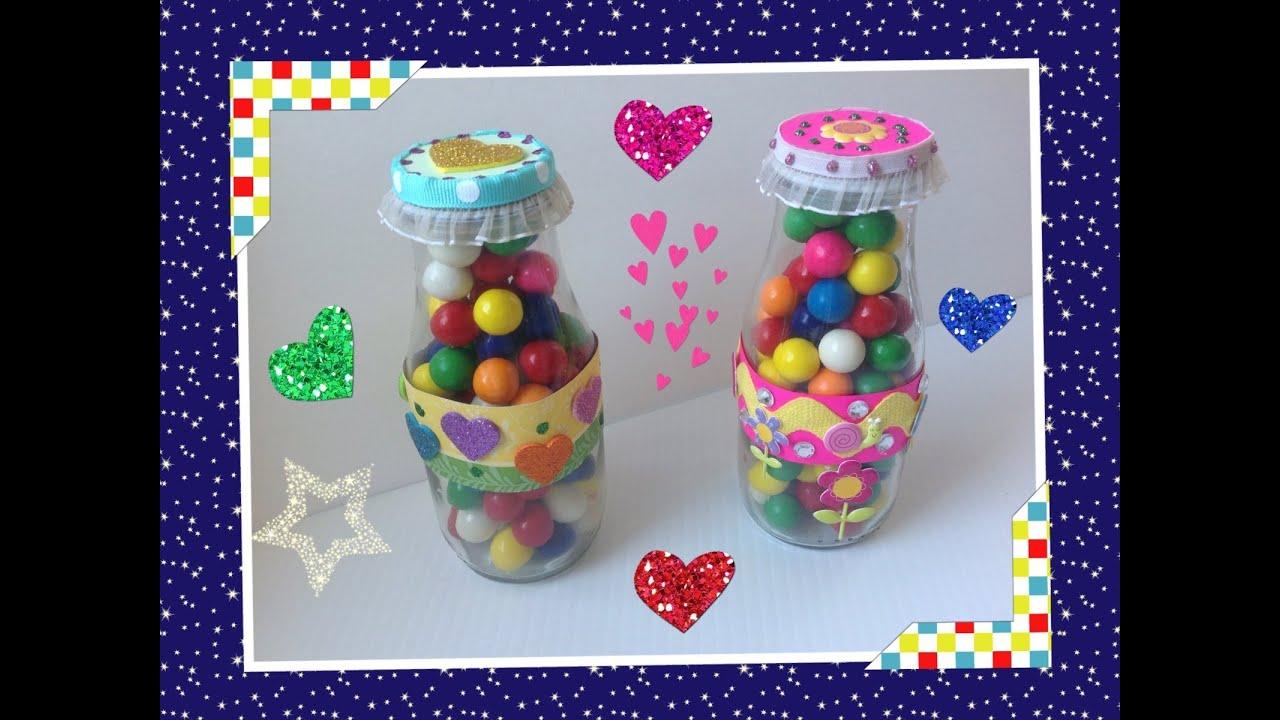 Dulcero colorido con botella reciclada para el dia del - Manualidades con vasos de plastico ...