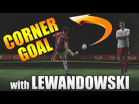 CORNER GOAL with Robert Lewandowski | TUTORIAL