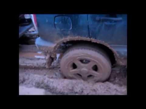 Chevrolet Niva в весенней грязи//Chevrolet Niva in spring dirt