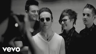 Watch Glasvegas Shine Like Stars video