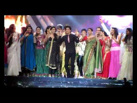 CHAMAK CHALO LIVE PERFORMANCE BY SHARUKH KHAN IN DUBAI