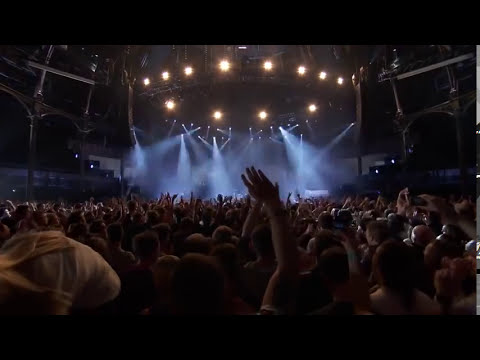 Arctic Monkeys - iTunes Festival 2013 - Full