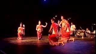 Lao Traditional Dance 2013 5 (ຟ້ອນອວຍພອນ)