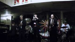 "Thomas Edison's Electric Light Bulb Band Video - ""CREOLE BELLES"": DUKE HEITGER'S STEAMBOAT STOMPERS (Oct. 11, 2013)"