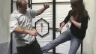Kubotan stick of pain womans self defence