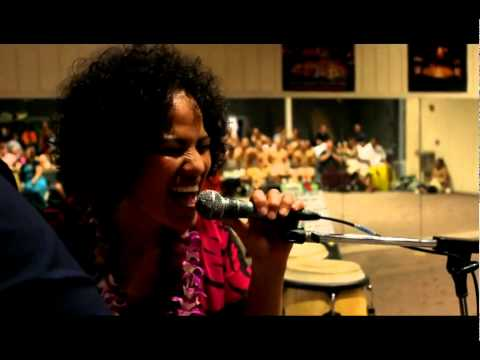 Silly Love Songs - Ardijah at PCC, Hawaii, 2011