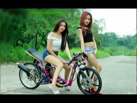 Dj Remix Paling Bagus 2018!! WITH Cewek Cantik Drag Bike Nyesel Kalau Nggak Liat!!