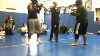Download Lagu El Camino Boxing 2011 (Panda Vs. Marcus) Gratis STAFABAND