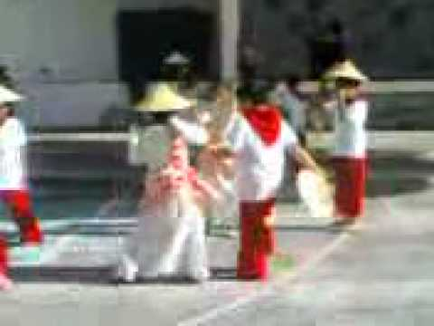 Grade 2 Class Of Paullete College In Salakot Folkdance video