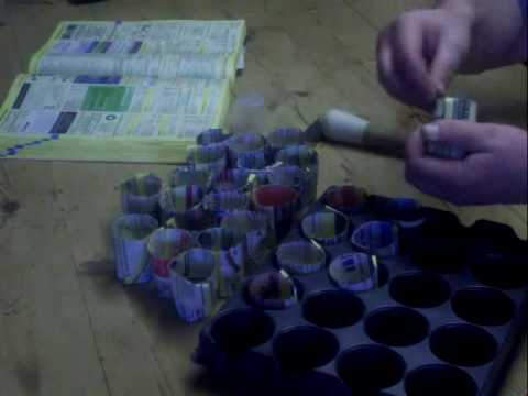 How to make your own biodegradable mini plant pot from recycled paper
