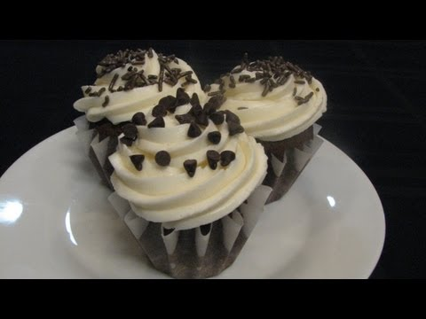 White Icing -- Lynn's Recipes