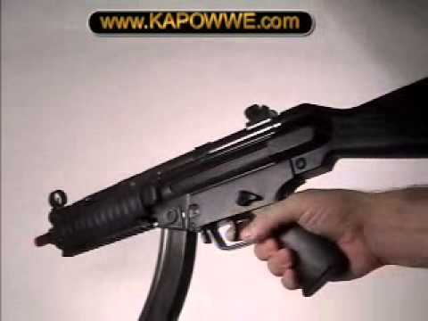 Toy Realistic Gun Mp5 Machine Gun video