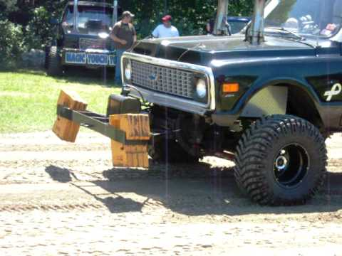 1972 Chevy Pulling - YouTube