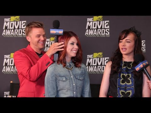 Awkward Cast Spills Season 3 Spoilers - Ashley Rickards, Brett Davern and Jillian Rose Reed
