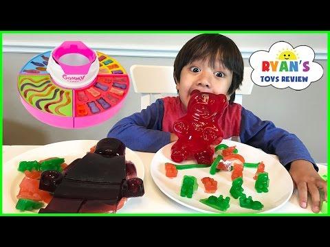 GIANT GUMMY CANDY MAKER! DIY gummy bear, Gummies worm! Kids Candy Review